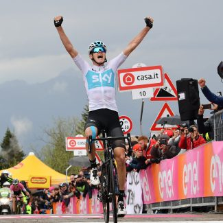 Lo Zoncolan parla inglese: 1° Froome, 2° Yates